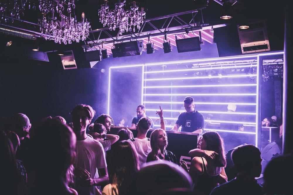 club-max-06